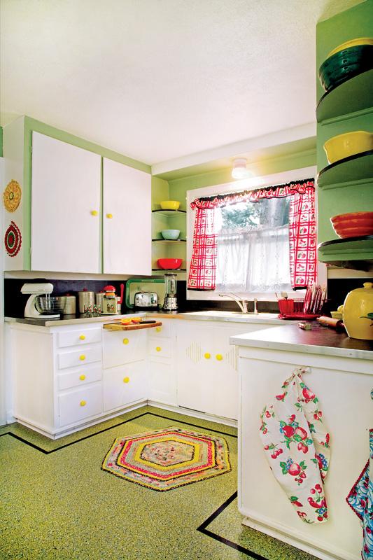 Marmoleum kitchen