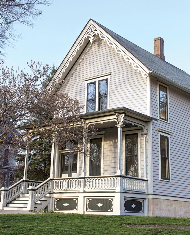 By thoroughly researching original details, the Millers created a porch that's in perfect harmony with the Italianate house.