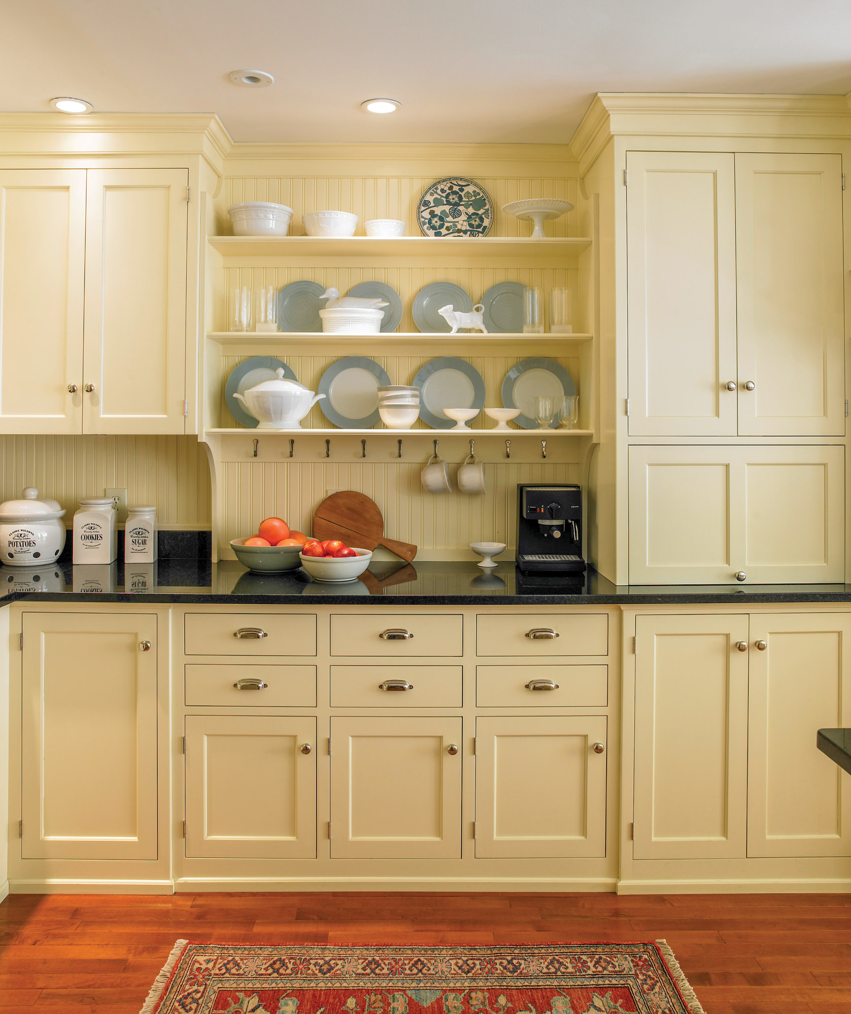 Buying Kitchen Cabinets Old House Journal Magazine
