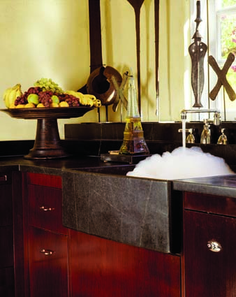 Kerrigan incorporated a rustic soapstone sink into the design.