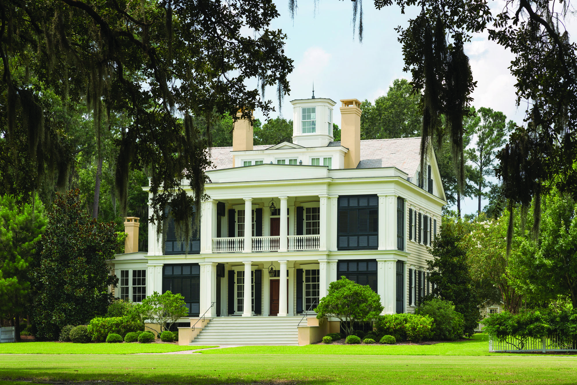 For the Ford Plantation, Historical Concepts drew inspiration from The Shadows, the first National Trust for Historic Preservation site on the Gulf Coast.