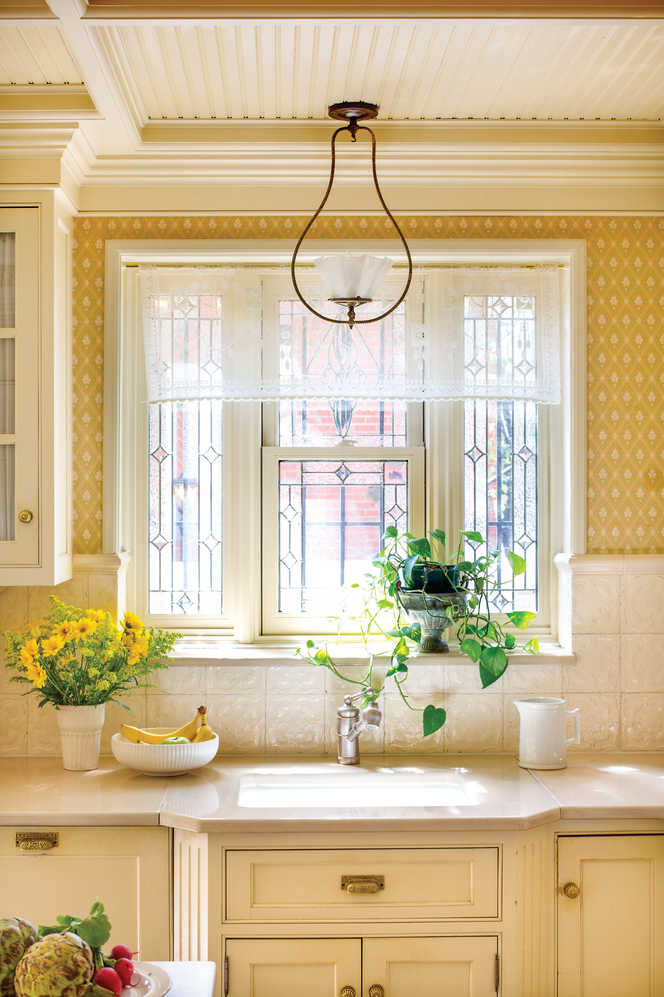 ivory-and-yellow kitchen