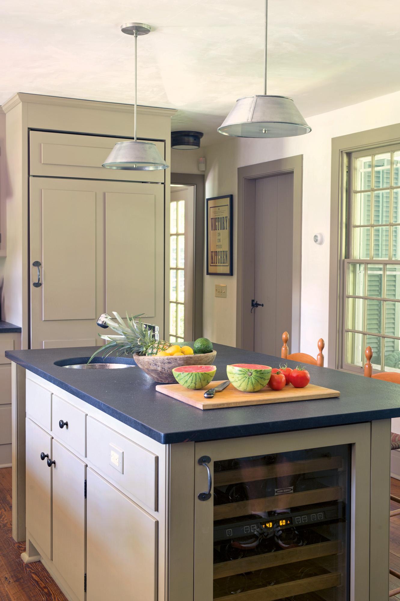 kitchen isl fridg 1575_gn