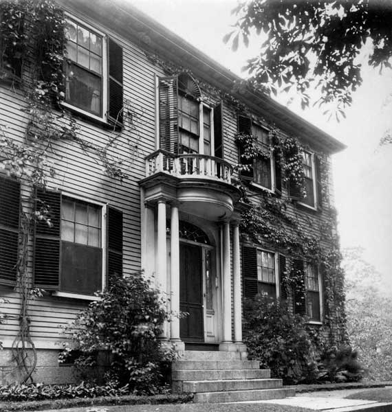 Late 19th-century photos of the house guided the restoration.