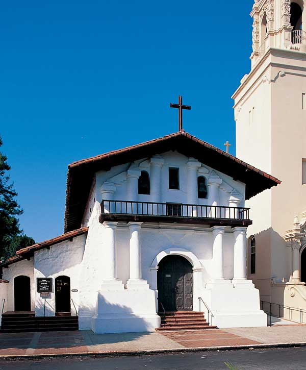 Located next to the Basilica, historic Mission Dolores is the oldest building standing in San Francisco.
