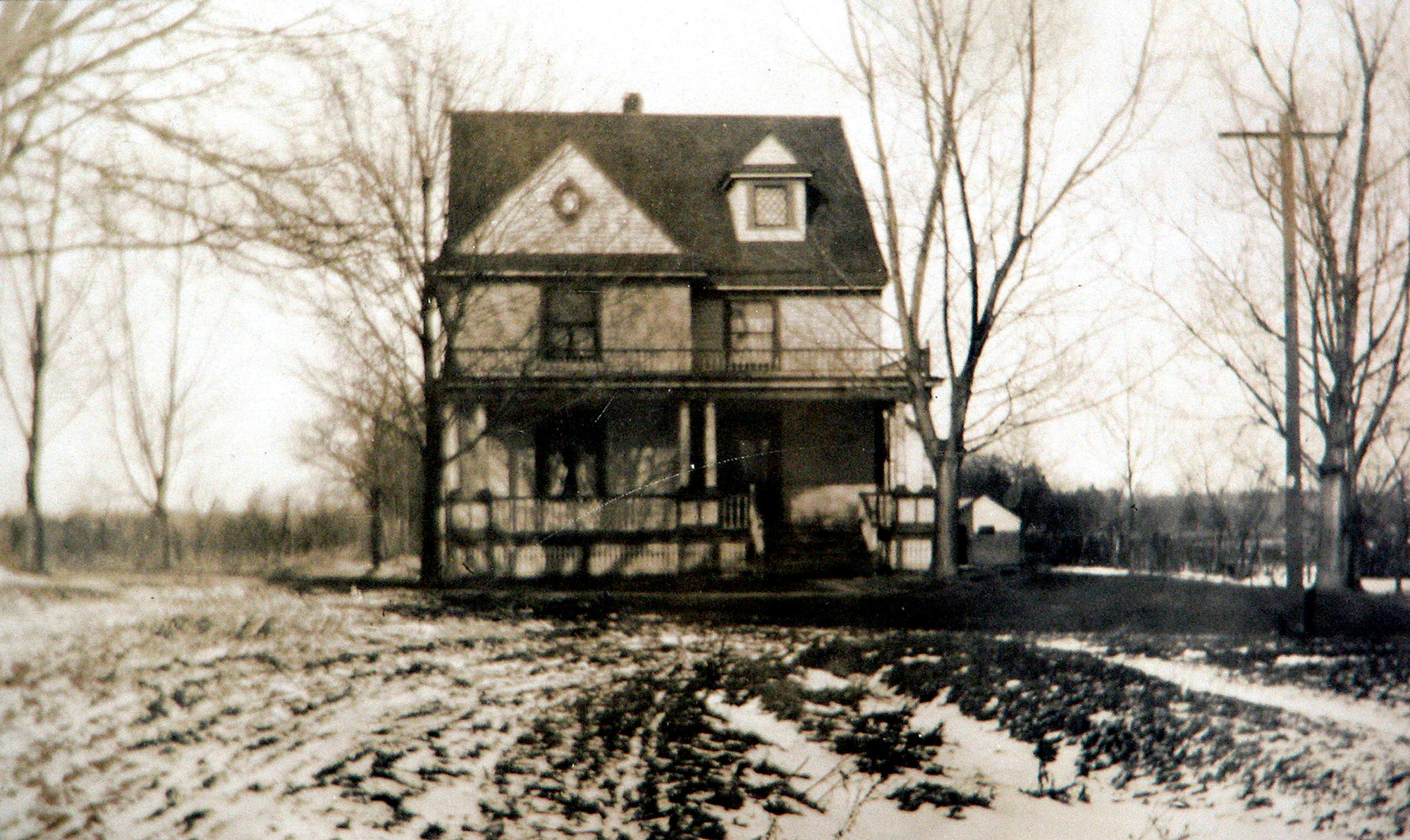 House photo from 1911