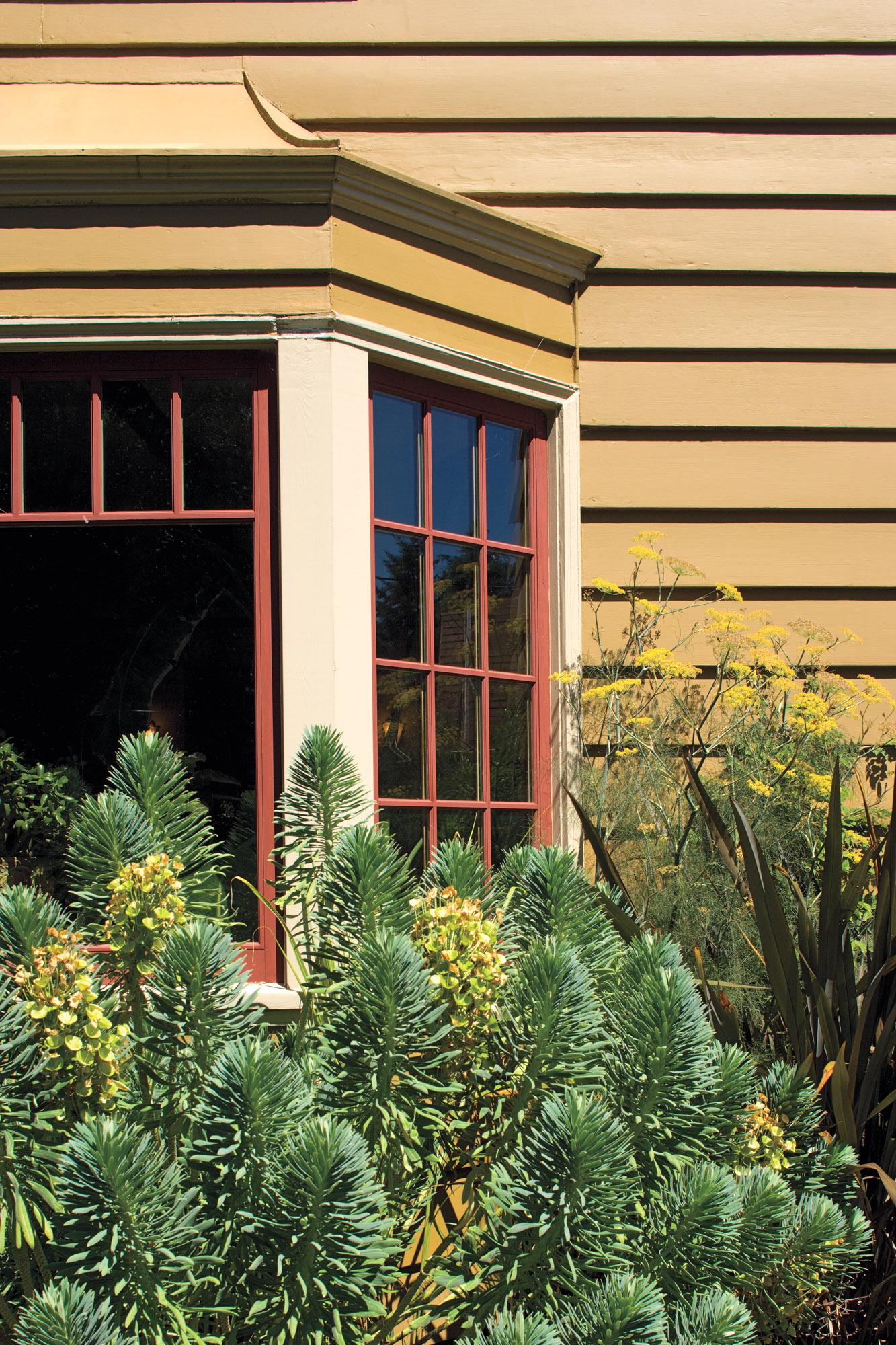 1940s Tudor Revival color scheme