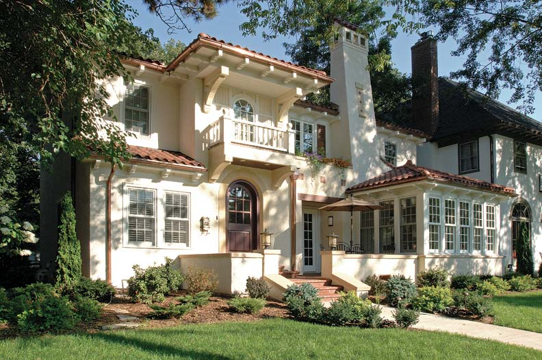 An incongruous solarium marred the front of the 1920s Mediterranean Revival house; TEA2 Architects built a more appropriate version on its footprint while also adding more interest to the façade.