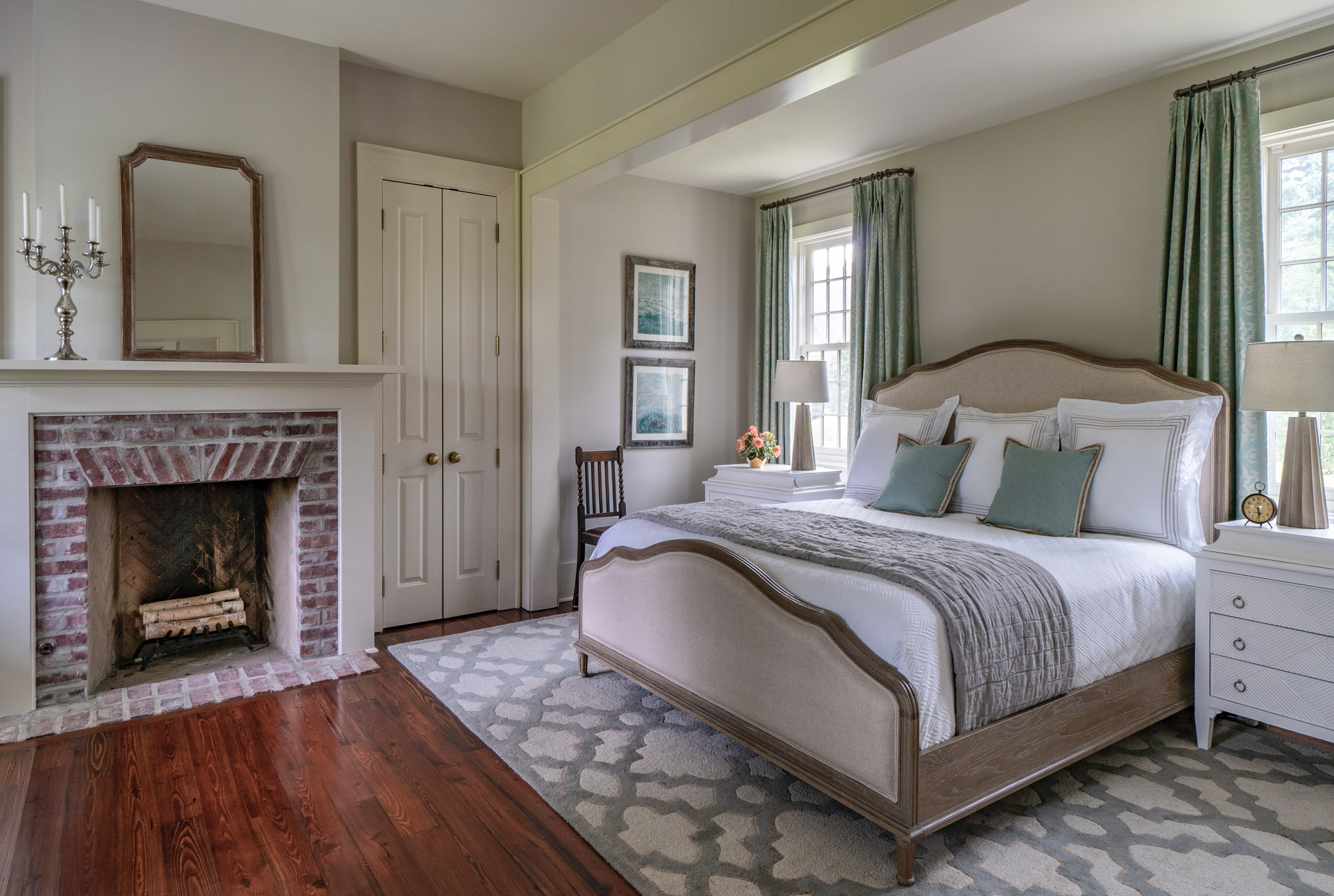 Traditional farmhouse master bedroom