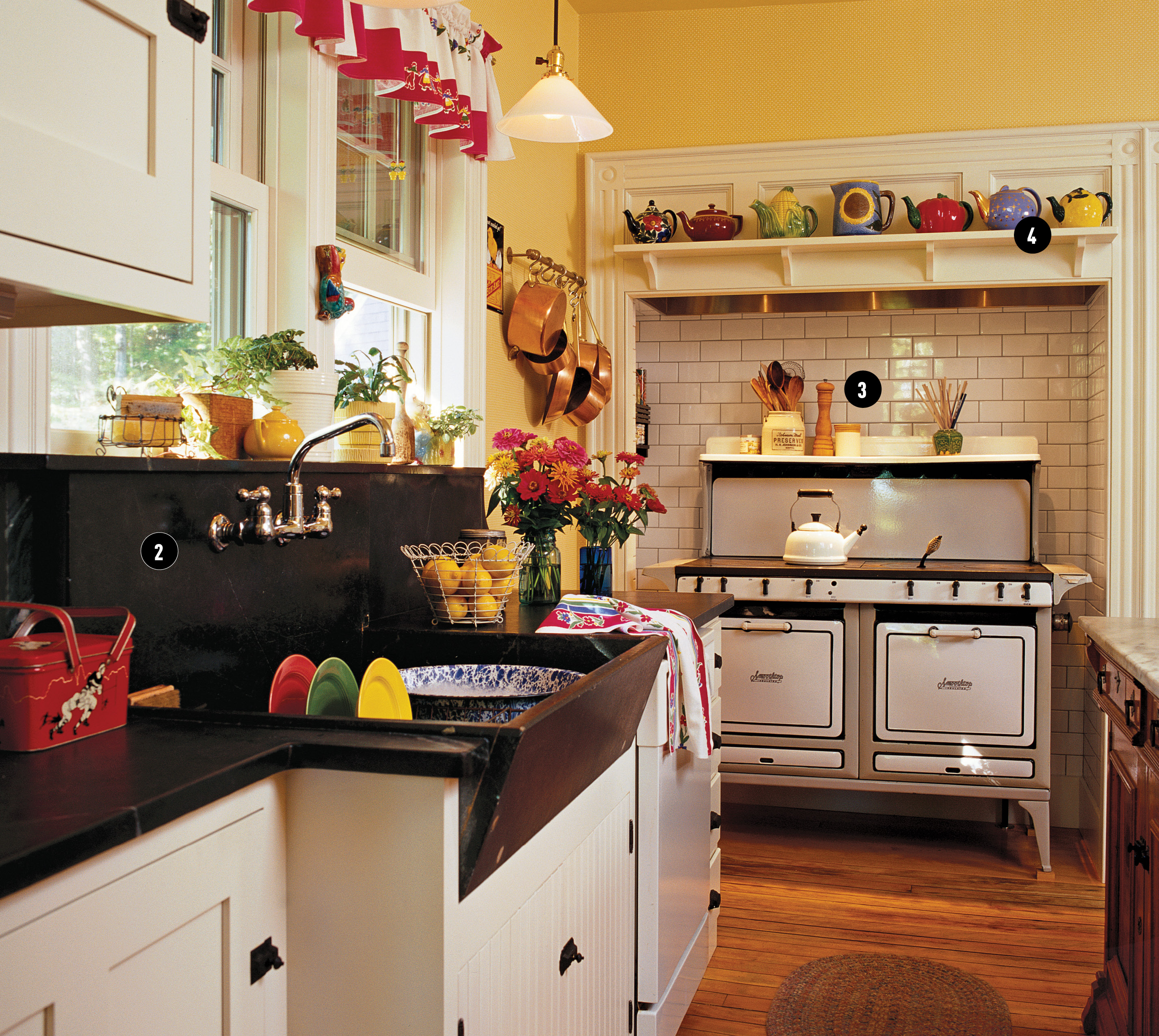 Cottage Style for a Kitchen