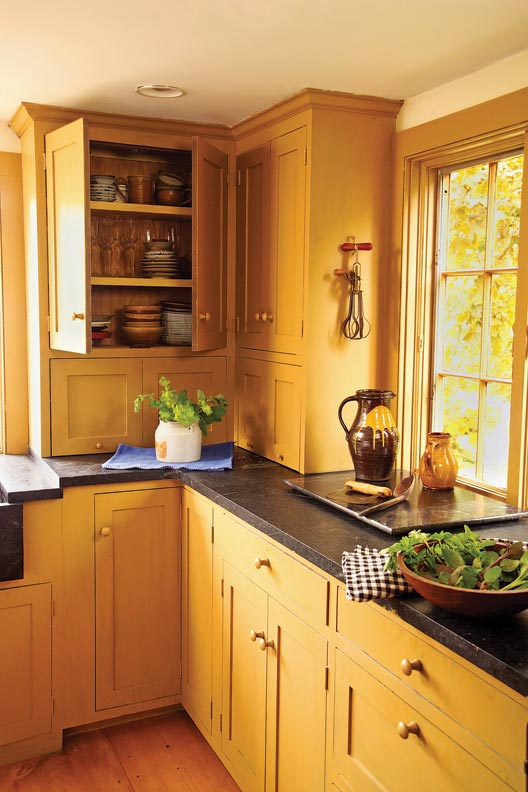 Soapstone is a time-honored kitchen accompaniment that also holds up to heat, water, and stains. Integrated soapstone sinks have a long history in New England.