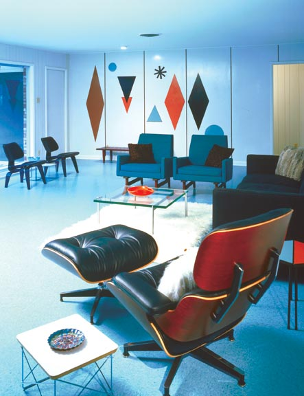 Now a museum, the Wilson House features laminate-decorated walls in the living room, along with Eames furniture.