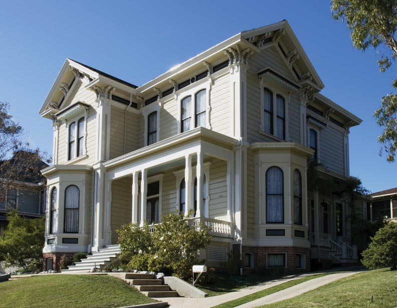 This Italianate is elegant with a restrained two-color paint scheme.