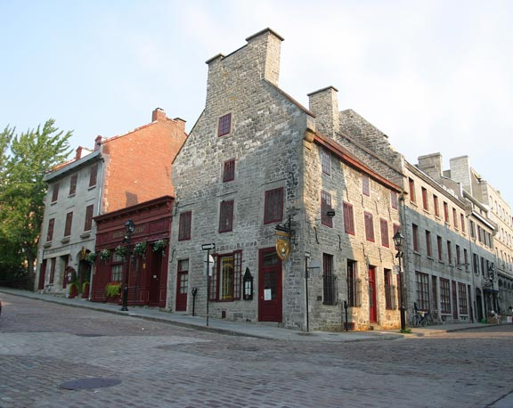The oldest part of the Maison Pierre du Calvet, a 1725 Breton-style stone house originally used as a warehouse, stands just across the street from the historic Notre-Dame-de-Bonsecours church.