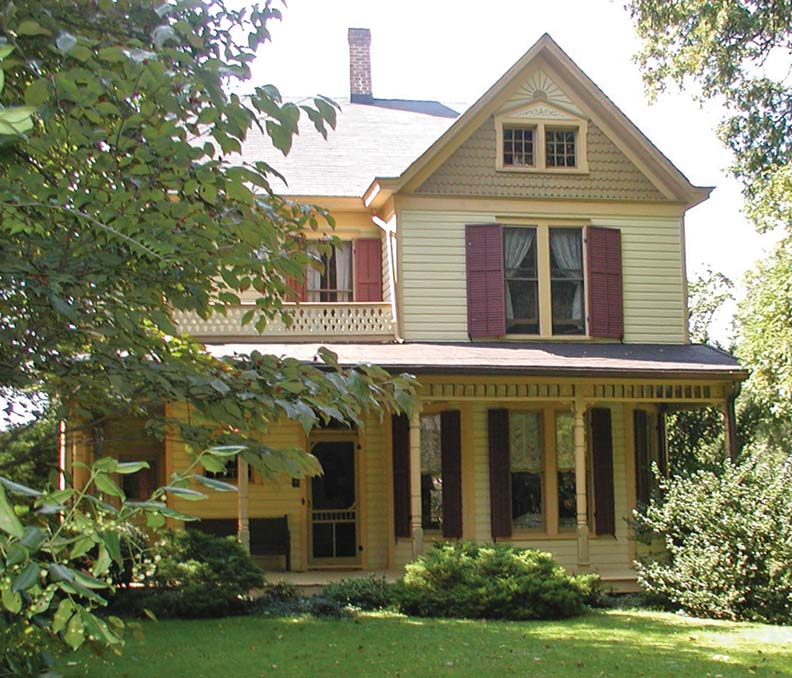 Queen Anne houses typically feature prominent porches.