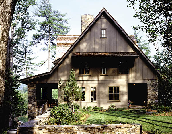 Rattner tinkered with the pattern of butt-and-cove joints on the siding to give added dimension to the façade. The expansive height of the home is broken by the placement of a horizontal ledge over the windows.