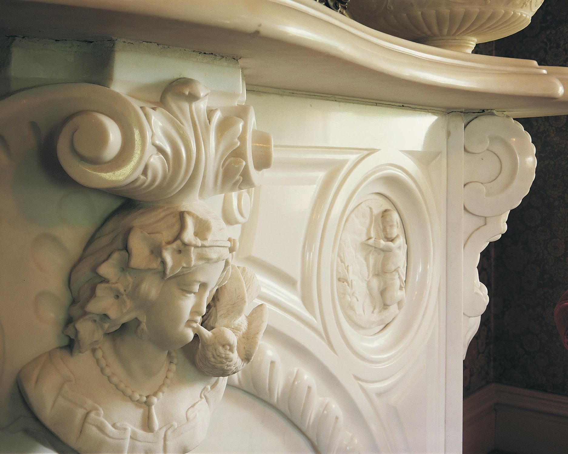 Rococo Mantel