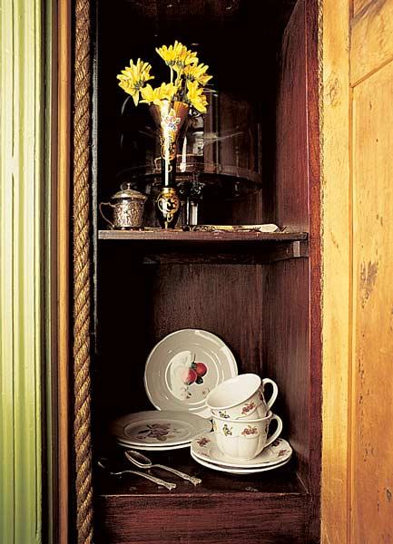 Repaired dumbwaiter. Photo: Linda Svendsen.