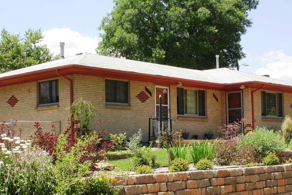 repairing-bricks-house-600