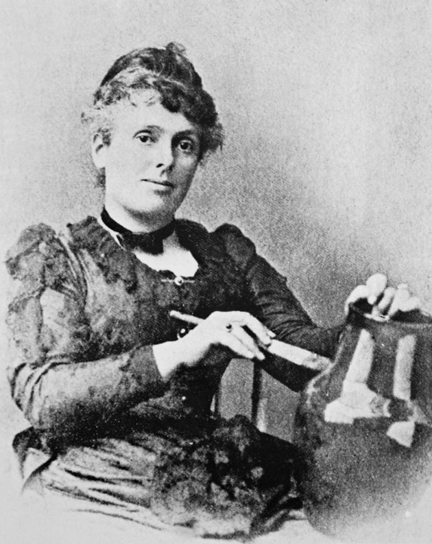 Socialite Maria Longworth Nichols started Rookwood Pottery in 1880.