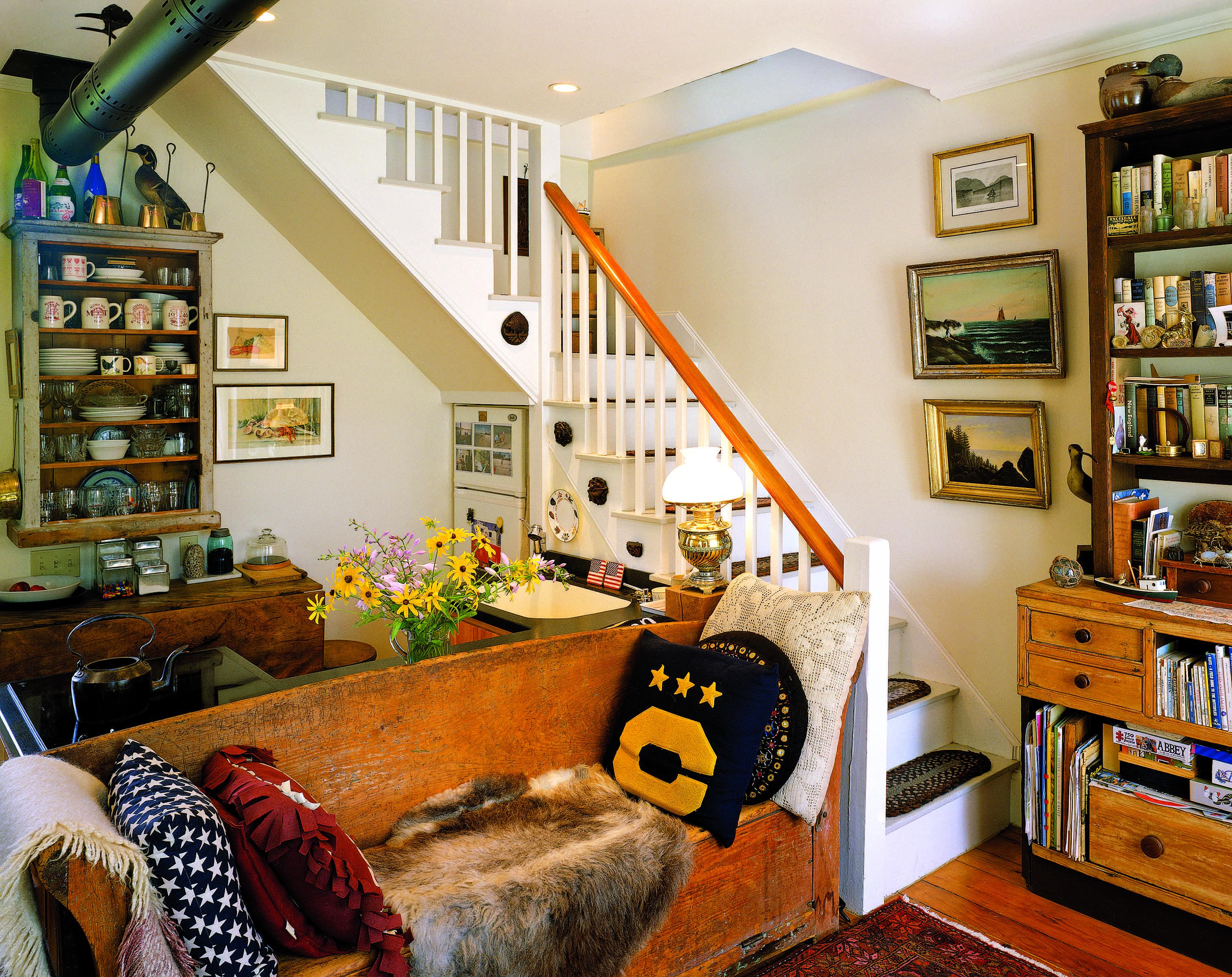 mansard cottage