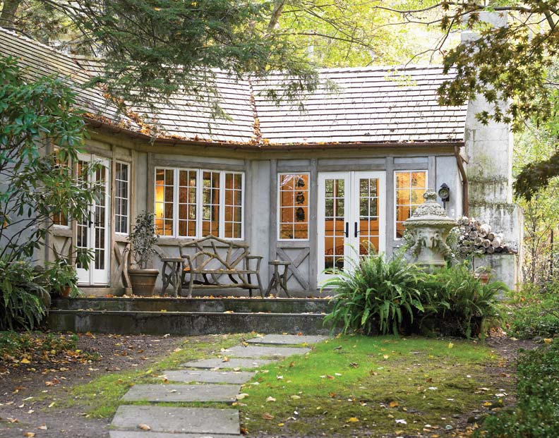Architect Robert Goodwin transformed an old cabana on a Pennsylvania property into a fanciful backyard retreat.