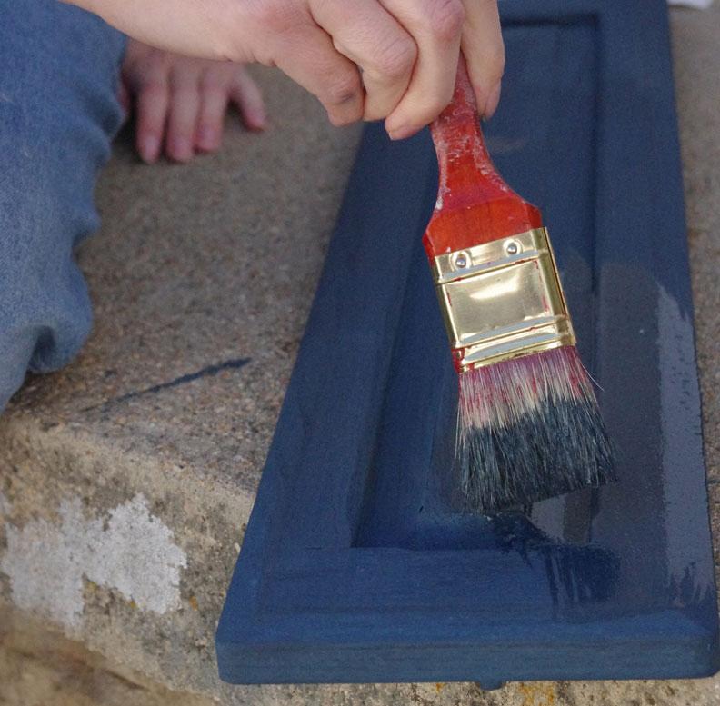 salvage-knob-hooks-painting
