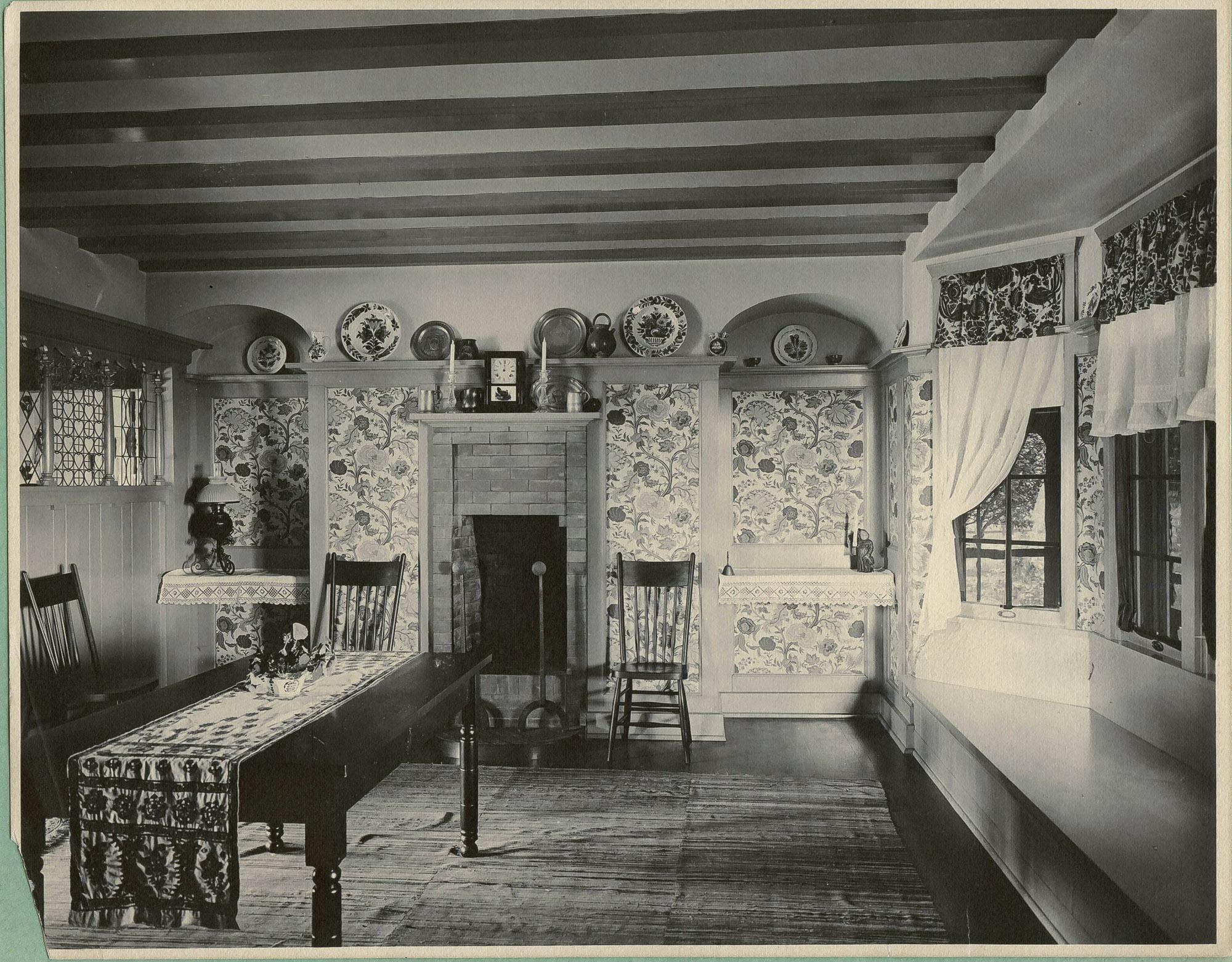 SB1_Trustworth_Ragdale dining room circa 1904_bjk