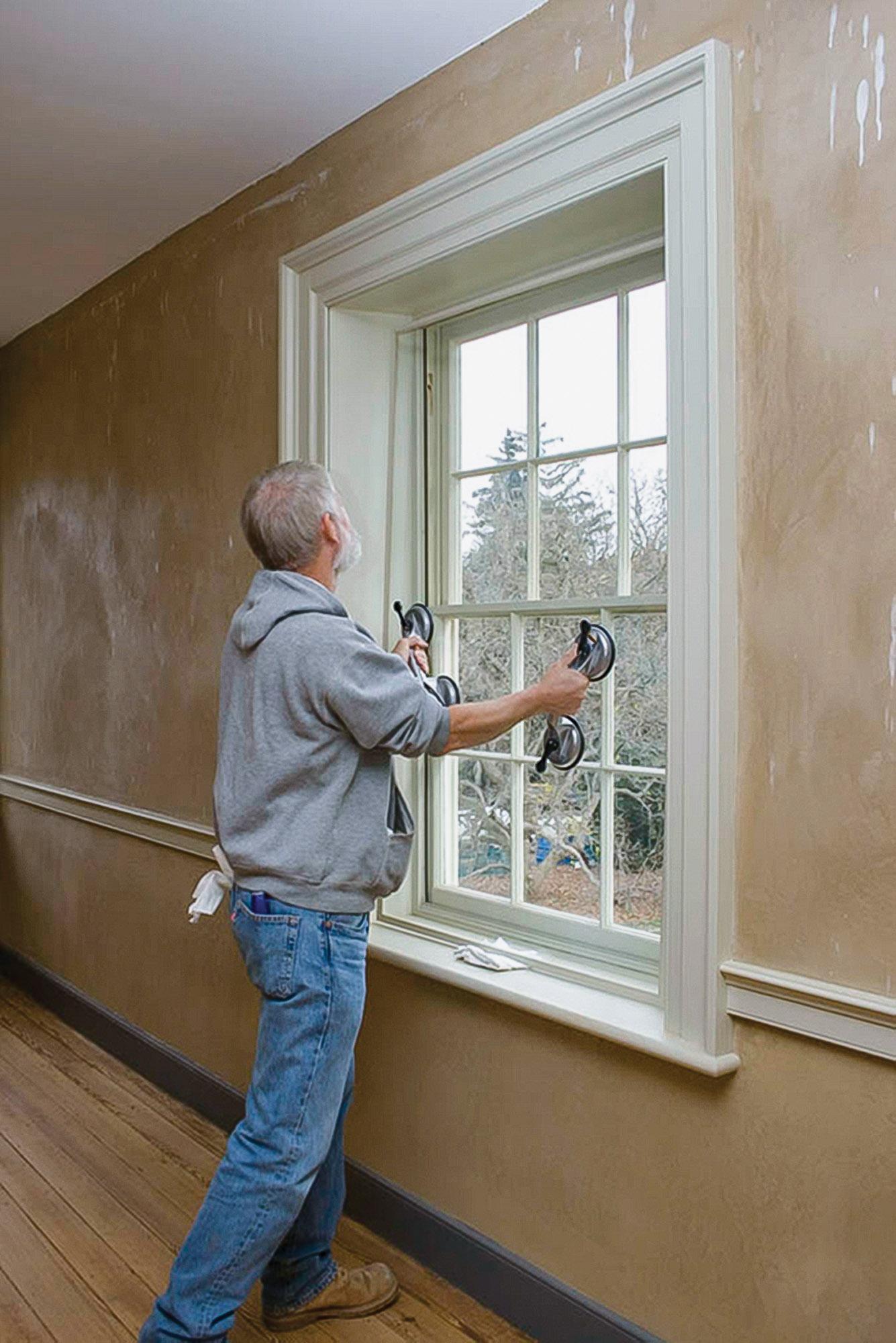 Allied Window worker