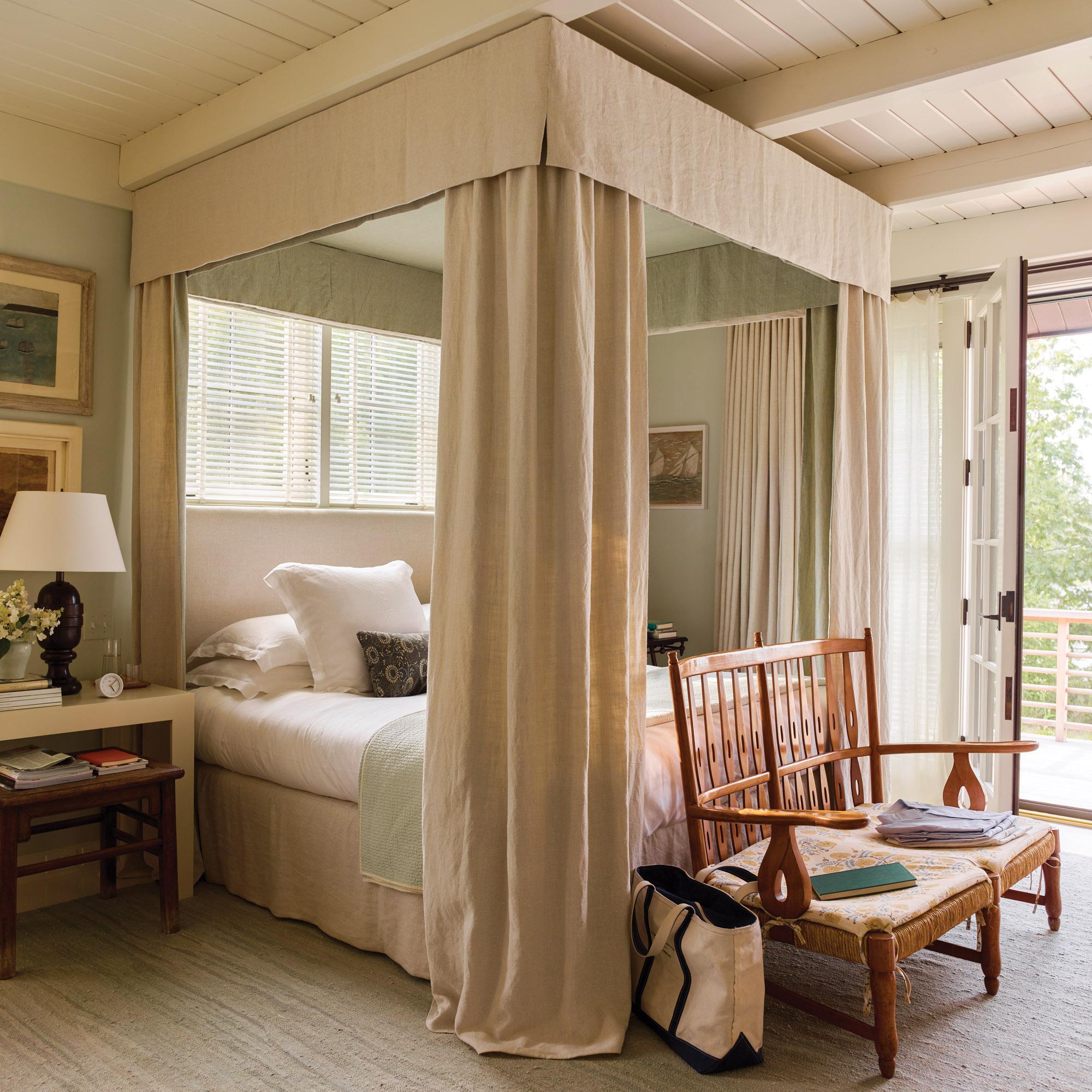 bed designed by Gil Schafer