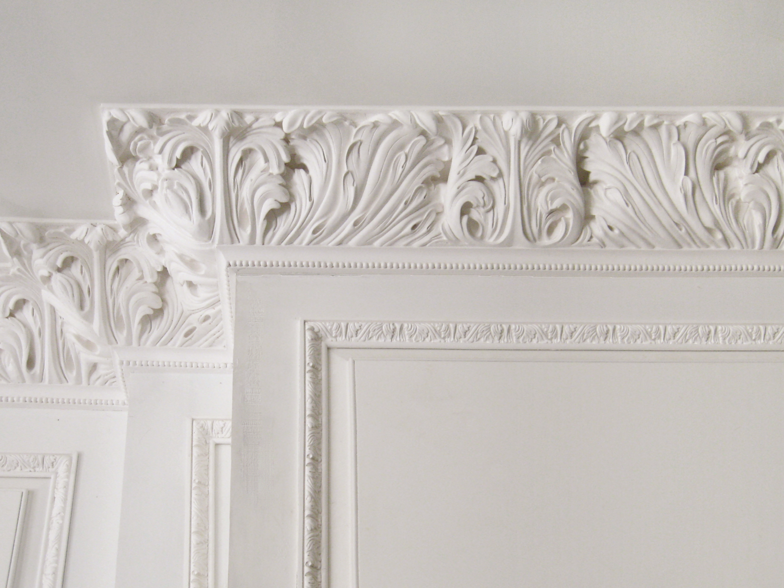 Ornamental plaster decorative ceiling