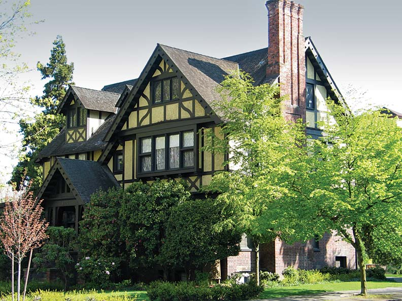 The Stimson-Green Mansion introduced large-scale English medieval- style residences to the city; today it's a venue for special events.