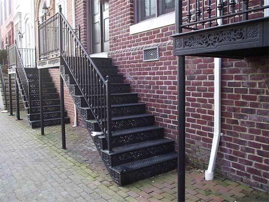 steptoe_row-house-staircases