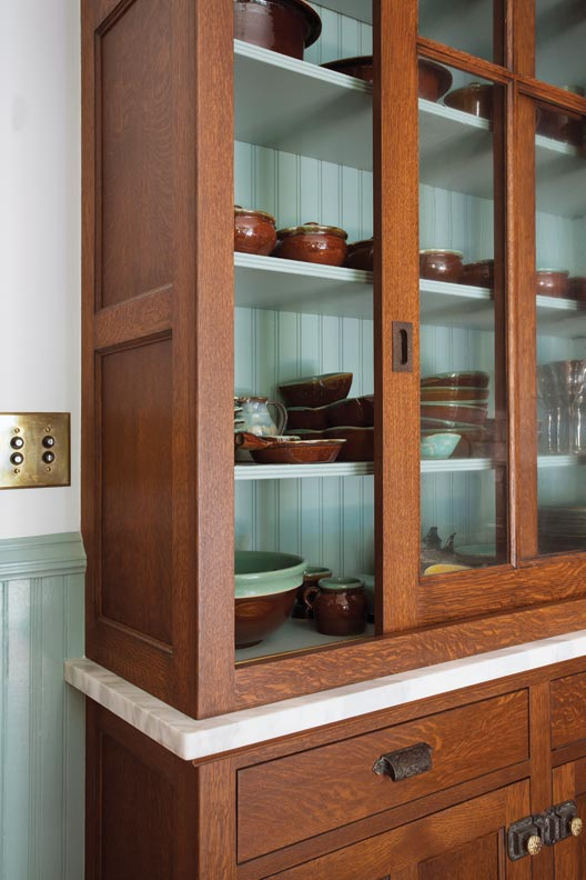 The Kennebec Company built and designed the period-inspired cabinets.