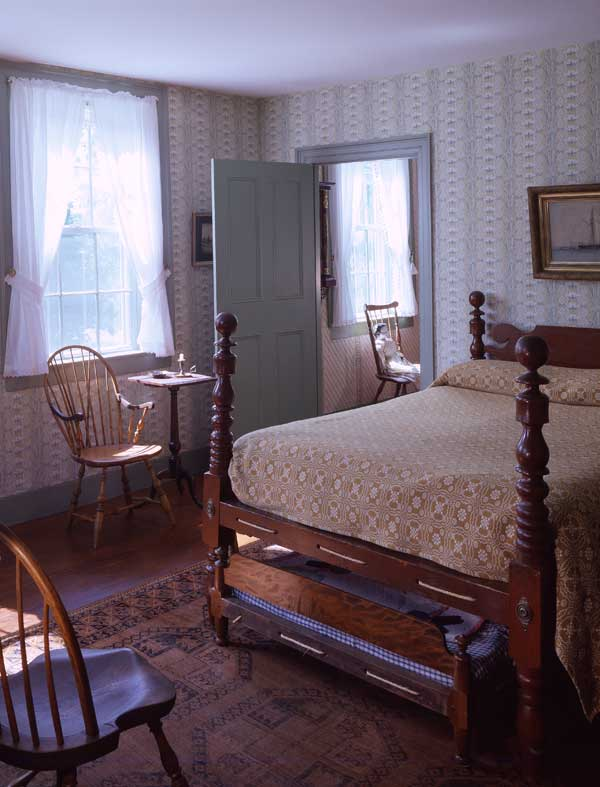 The southwest bedroom had Victorian-era, white-painted woodwork until recently. This trim color became the eighth variation of green; Ebenezer Alden had chosen seven.