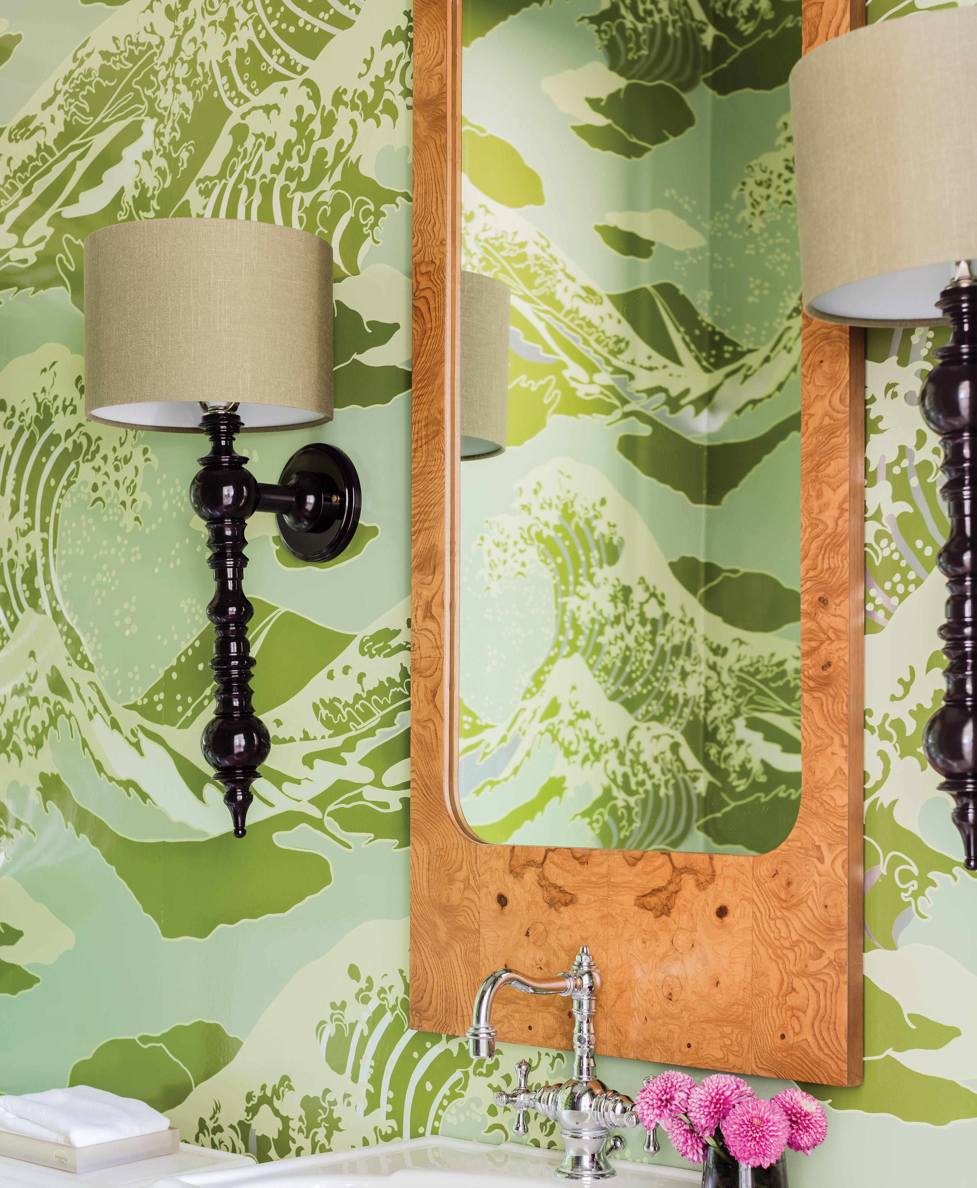 green scenic wallpaper print