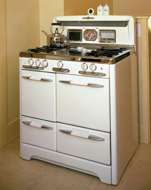Buyer's Guide to Vintage Appliances - Old House Journal MagazineOld House Journal
