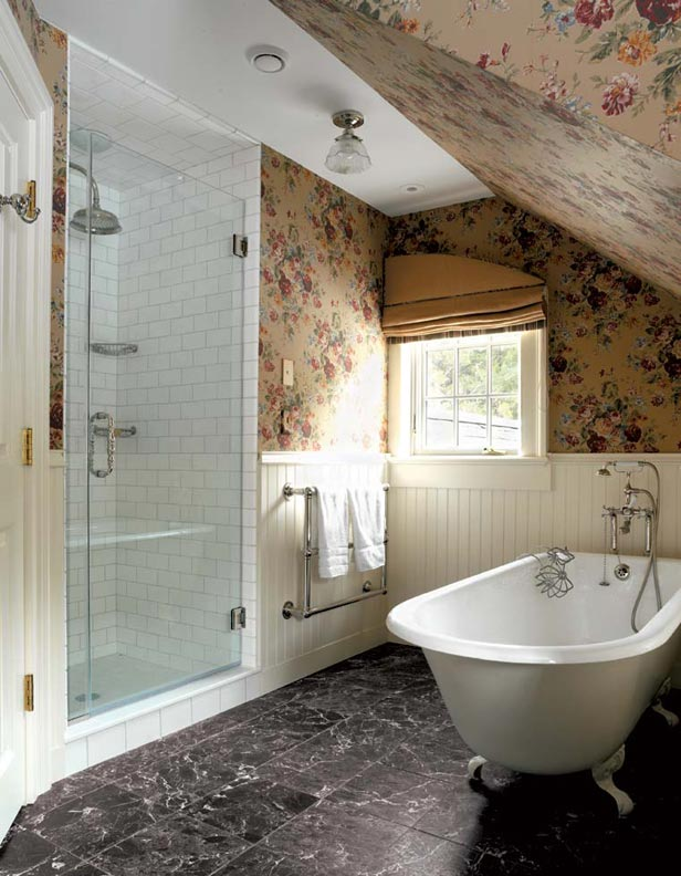 wallpaper-attic-bath