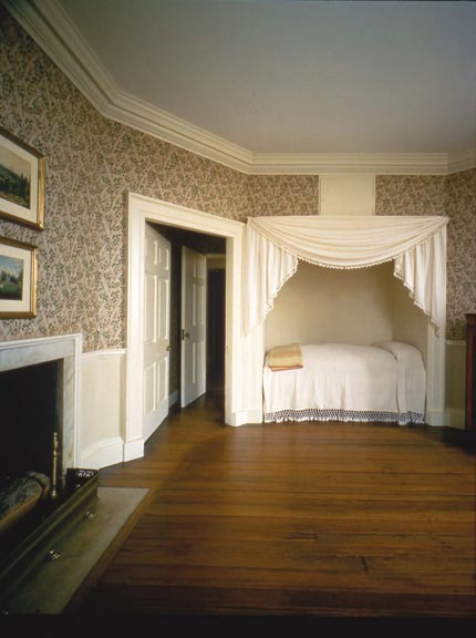 "Called ""Fox Grape,"" the pattern of this trellis wallpaper dates to at least 1790, when Thomas Jefferson purchased it for a guest room at Monticello."
